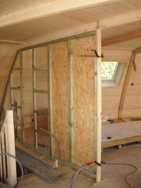un d me en construction en creuse premi re cloison. Black Bedroom Furniture Sets. Home Design Ideas